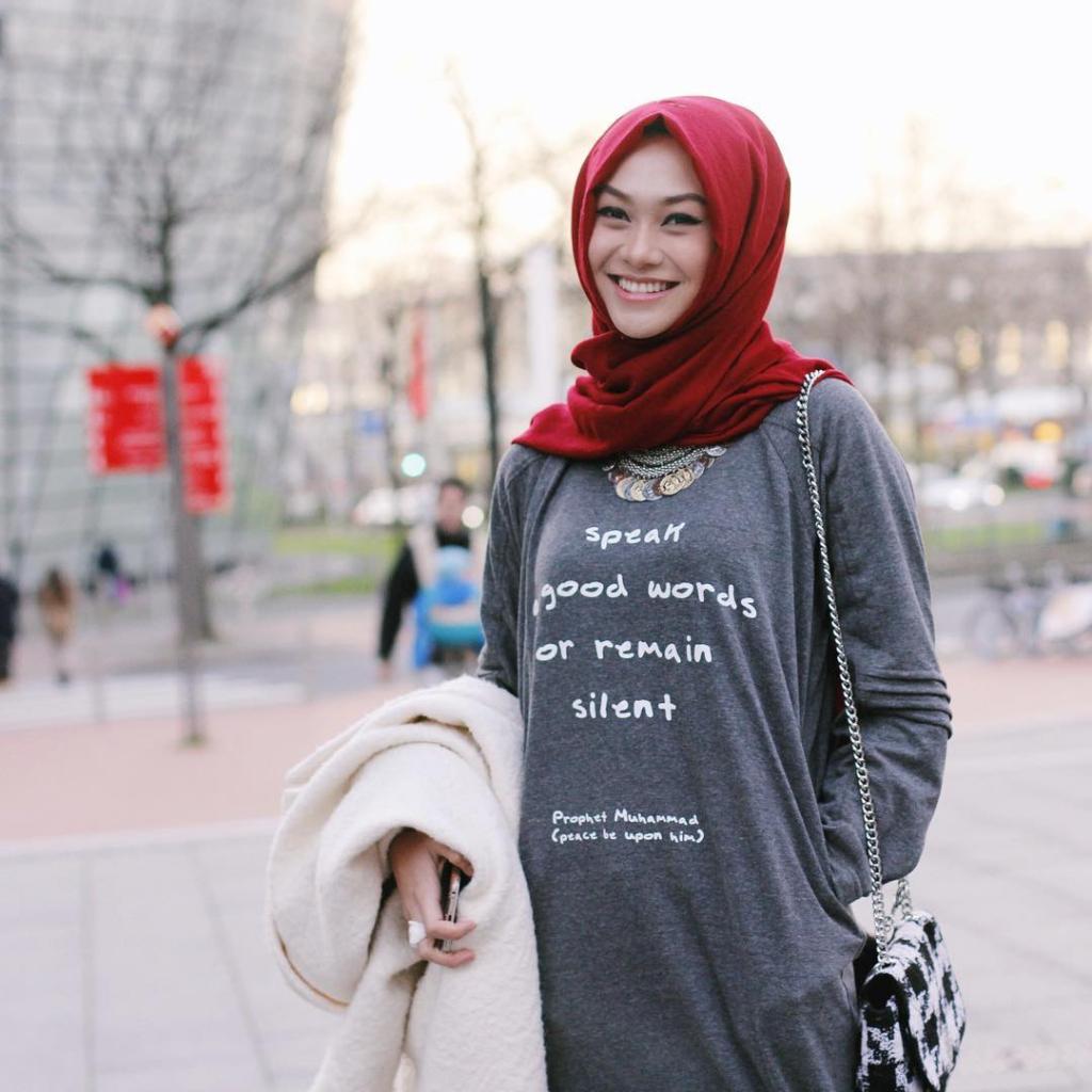 model jilbab indah nada puspita