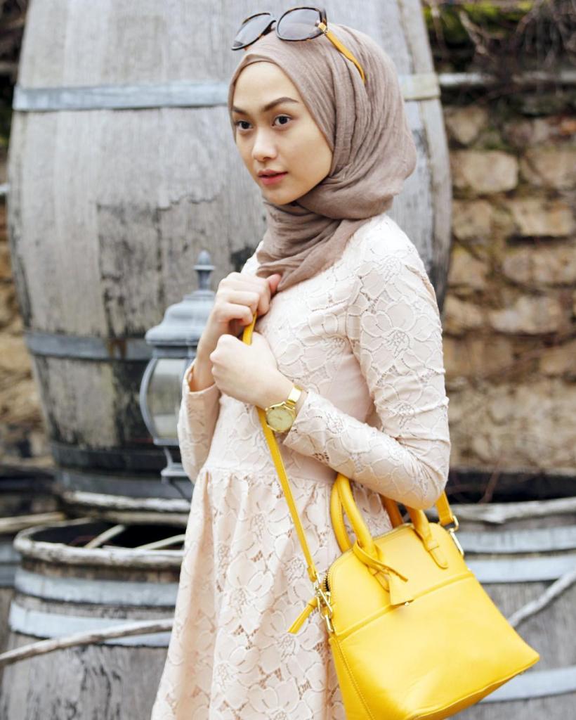 model jilbab indah nada puspita 2016
