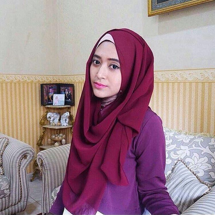 model jilbab nafisa farani