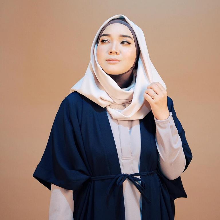model jilbab suci utami