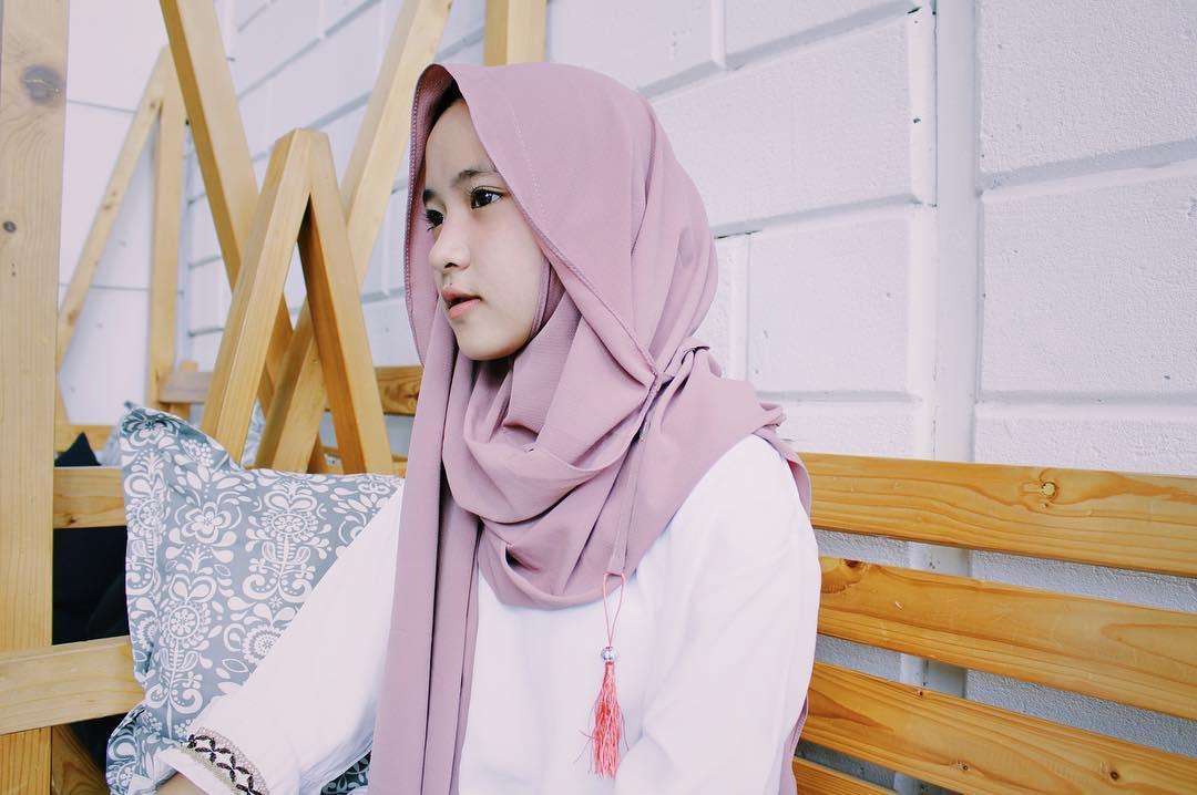 model hoodie hijab